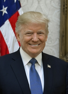 Official_Portrait_of_President_Donald_Trump_(2nd_cropped)